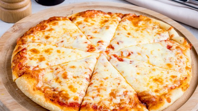 19 Secrets for Eating Pizza Without Gaining Weight | Eat This Not That